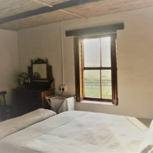 21-main_bedroom